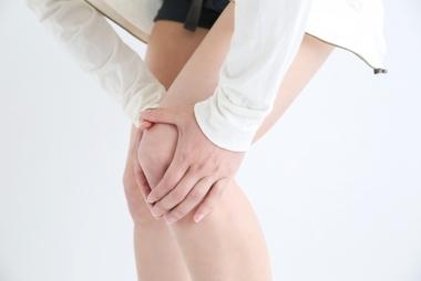 膝の痛みにはストレッチで予防・改善!